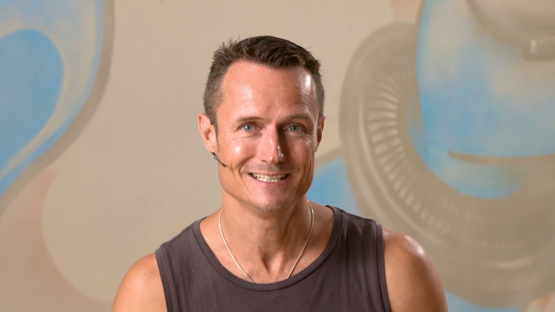 Maitri keenan crisp yogaholics power living australia yoga online yoga