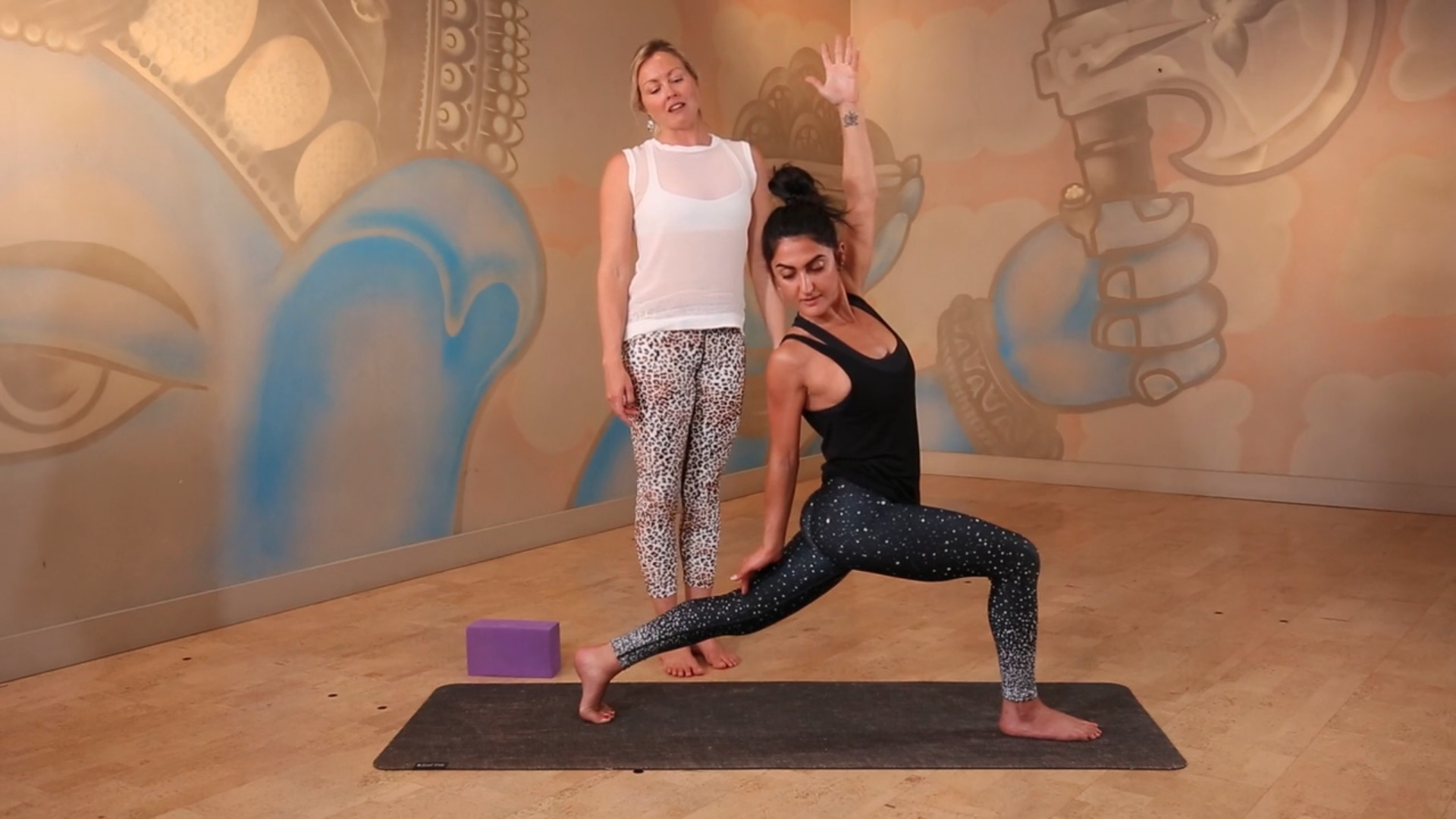 GeT Up And Flow yogaholics yoga online lisa clark