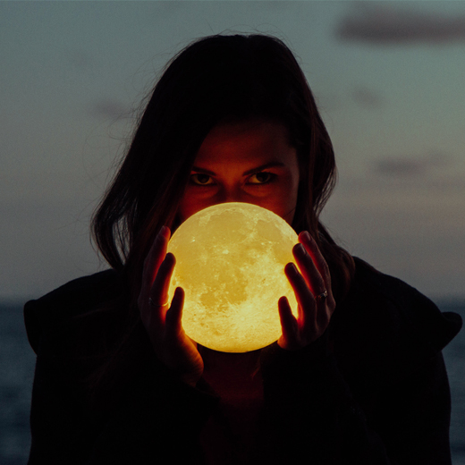 Moon Magic – How to Create Your Own Unique Moon Rituals